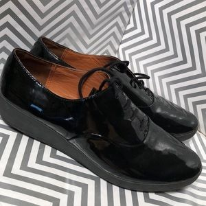 FitFlop 437 Black Patent Leather Lace up shoes sz8